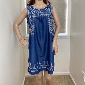 Romeo & Juliet Couture Women's MIDI Dress Blue